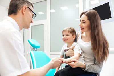 child-visiting-dentist-forster-court-dental-galway-s